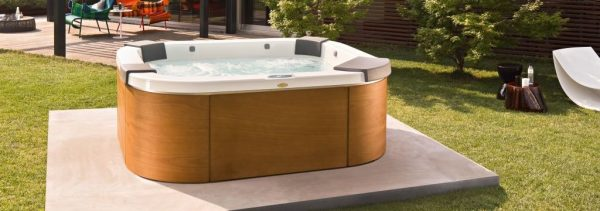 Jacuzzi Delos Hot Tub Italian Design