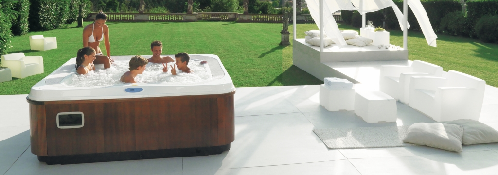 Jacuzzi Profile Hot Tub Italian Design