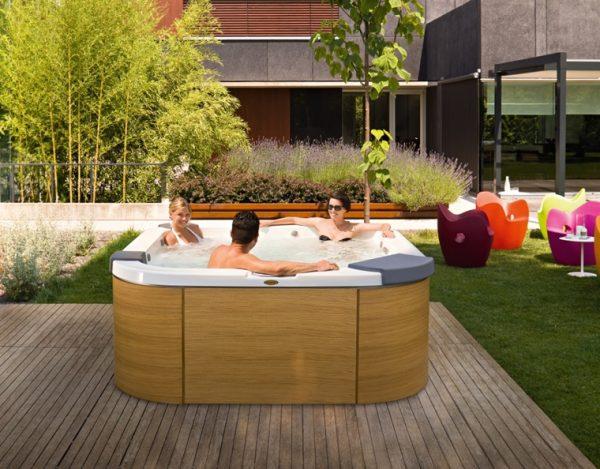 Jacuzzi Santorini Hot Tub Freestanding